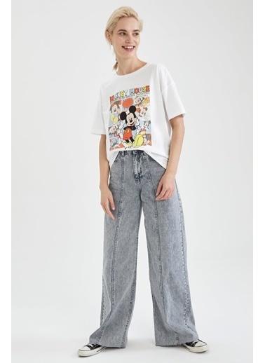 DeFacto Mickey Mouse Lisanslı Relax Fit Kısa Kollu T-shirt Beyaz